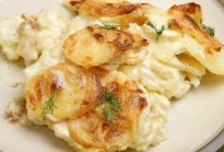 Wildly popular, these creamy cheesy potatoes can be a meal itself.  Trust me. #misshomemade.com | Thousands of scratch recipes at MissHomemade.com