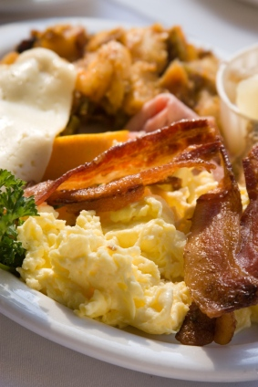 Easy Breakfast Recipes - Like Baked Fluffy Scrambled Eggs, Strawberry Bread, Muffins, Pancakes, Sweet Rolls etc. #misshomemade | Thousands of recipes at MissHomemade.com