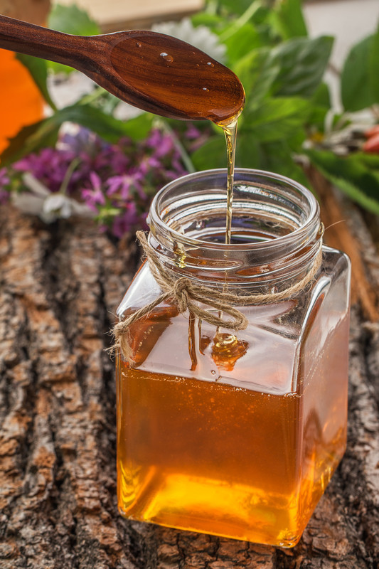 Make homemade golden syrup from scratch.  It's not the same as corn syrup or honey.  It's great to have some on hand all the time. Will keep for 2 months. #misshomeamde
