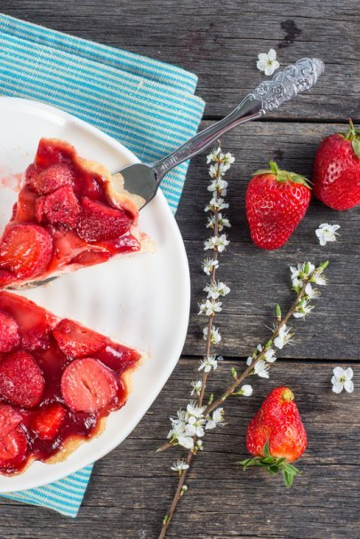 Fresh Strawberry Pie Recipe #misshomemade