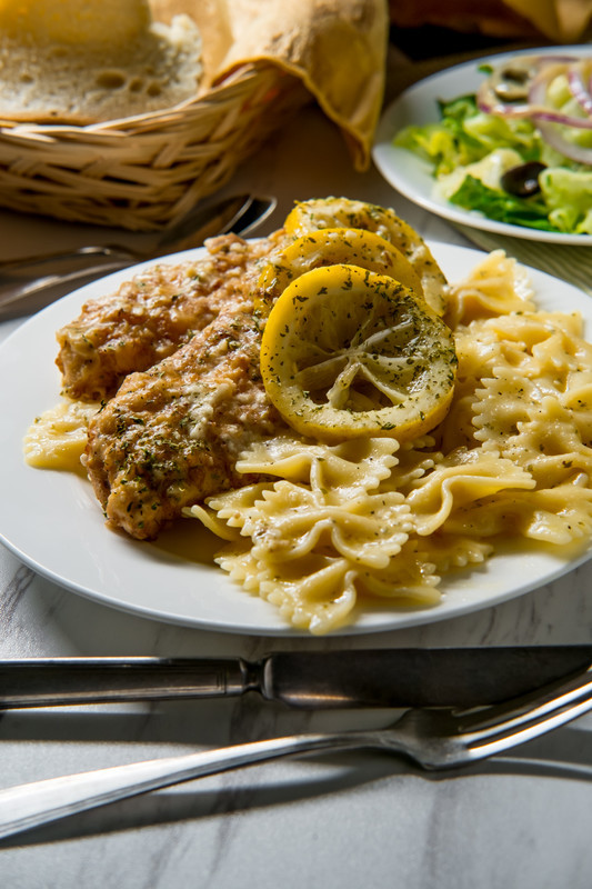 Just wait until you taste this outrageously delicious Chicken Scampi!  Tender chicken cooked in a delicious garlic butter sauce with pasta. Hungry?  I am. #misshomemade
