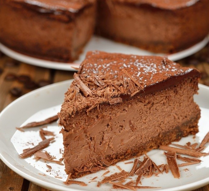 BEST Chocolate Cheesecake from Scratch -  Like heaven on a fork. Seriously.  #bestchocolatecheesecake #misshomemade