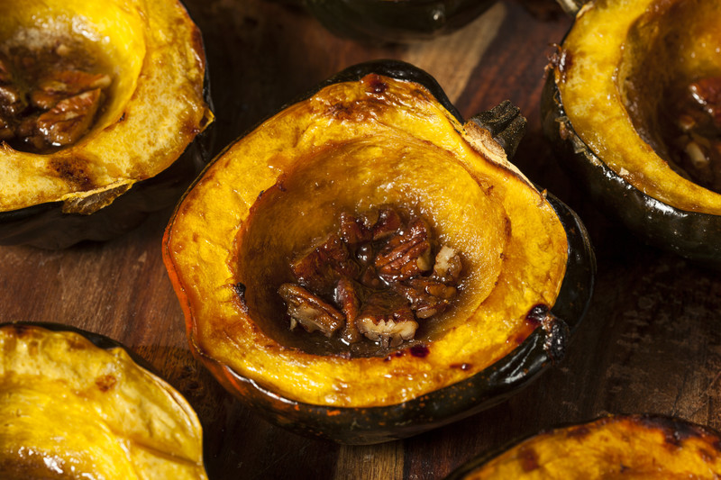 Company will flip when they taste this praline acorn squash.  It is addicting actually. #misshomemade  Find this and more at MissHomemade.com