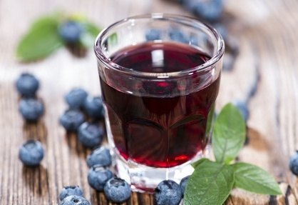 Homemade Blueberry Liquor