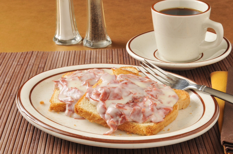 Sometimes I pull out this easy chipped beef recipe because I am craving the creamy sauce. It's so easy to prepare and versatile.  Let me explain... MissHomemade.com #misshomemade