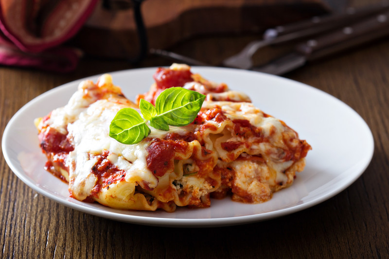 Rolled Lasgna and more authentic Italian recipes at MissHomemade.com  #RolledLasagna
