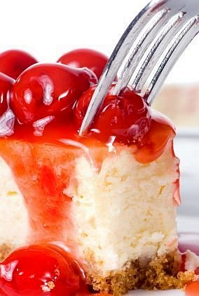 Best No Bake Cheesecake Recipe #BestNoBakeCheesecakeRecipe #MissHomemade   Creamy, decadent and rich.  I have never had anyone that didn't love it.