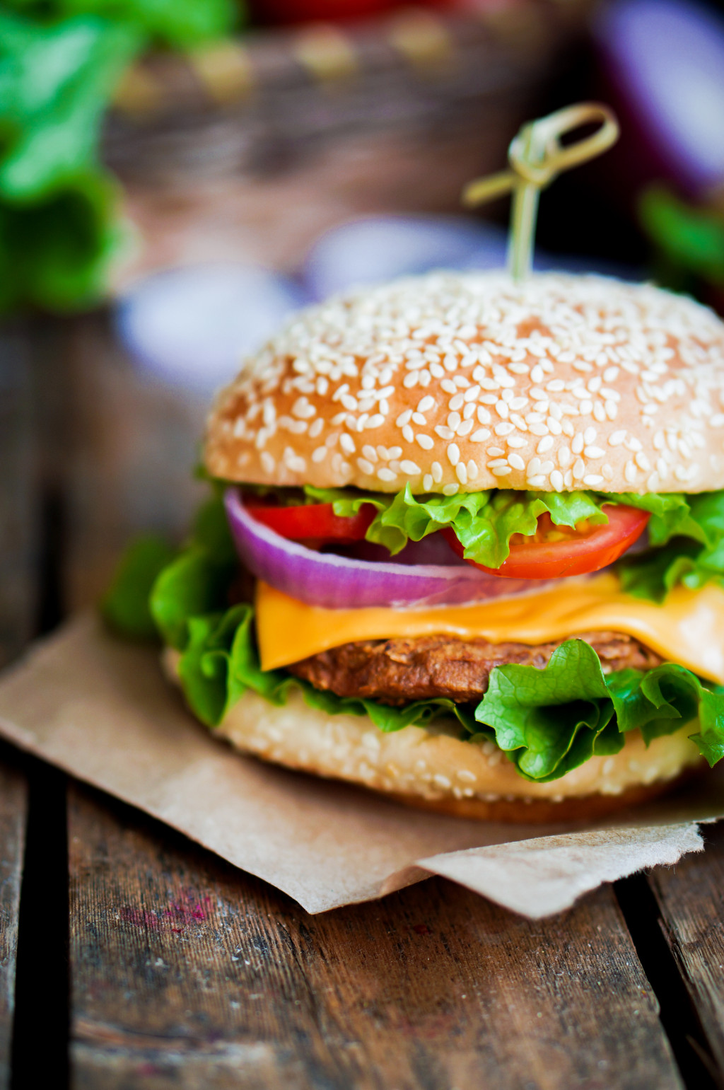 Miss Homemade's Ranch Burger is seasoned throughout with ranch seasoning and her homemade onion soup mix.  Dunk in her homemade ranch dressing.  Love in a bun.