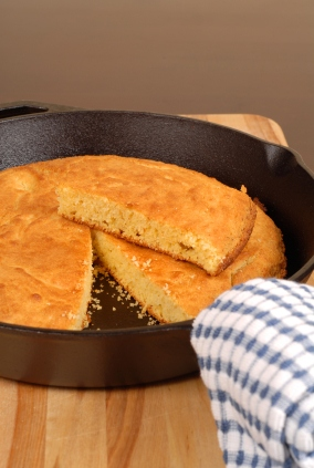 How to make Cornbread from Scratch