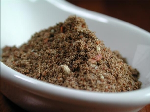 Homemade Old Bay Seasoning Recipe| MissHomemade.com