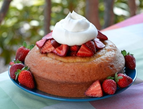 Best Homemade Strawberry Pound Cake Recipe #misshomemade