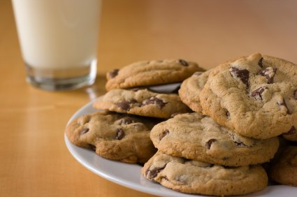Easy Chocolate Chip Cookies are made three ways to satisfy the cookie connoisseur in all of us.  Chewy, cake like, soft - I've got it all. #misshomemade
